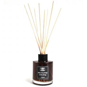 120ml Reed Diffuser – White Strawberry & Blackberry
