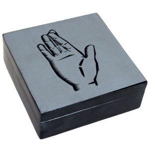Lucky Stone Box – Crossed Finger