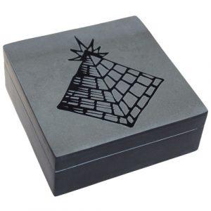 Lucky Stone Box – Pyramid