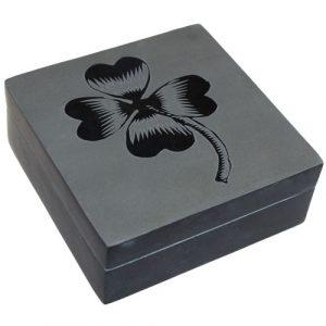 Lucky Stone Box – Four Leaf Clover