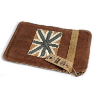 Vintage Bag – Tablet Pouch-Shabby Flag
